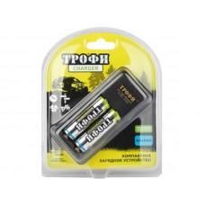 Зарядное устройство ТРОФИ TR-920 AA компактное + 2 HR6 2500mAh C0031277